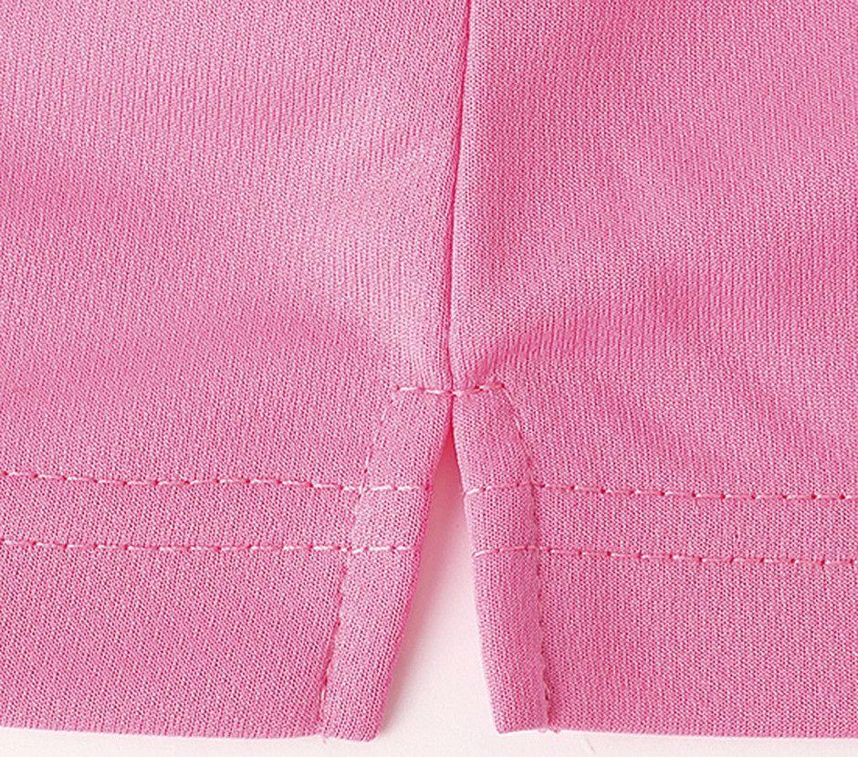 ピンクのスリット部分のアップ画像
