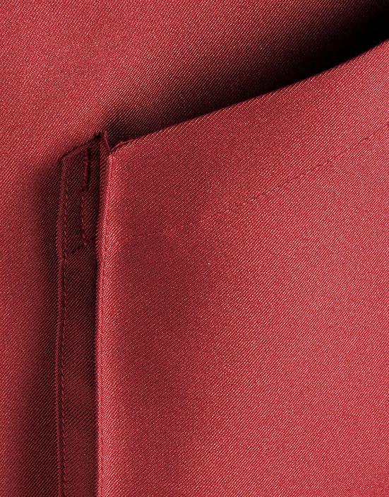 ポケットに広めのマチがついているので、便利な収納ポケット!