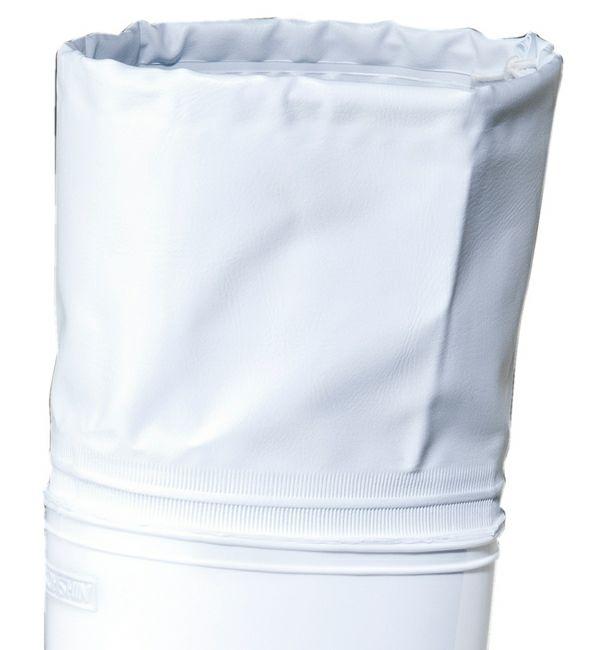 履き口のカバー部分