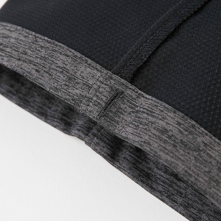 裾(すそ)コードホール部分