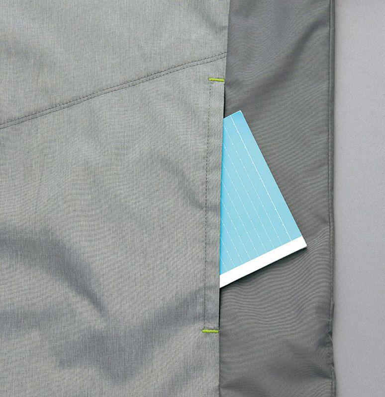サイド部分のポケット