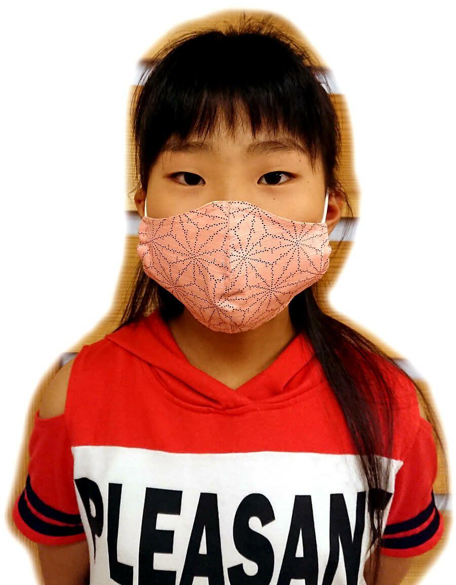 麻の葉ピンクの実際の着用写真を撮影です。