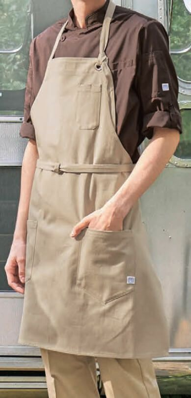 首掛けエプロンとの着用例(※エプロンは下記よりページの紹介をしております。)